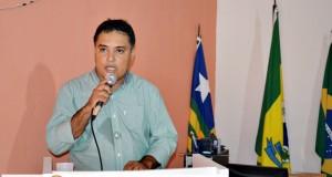 Prefeito Milton abre o ano legislativo na Câmara de Vera Mendes; veja a mensagem