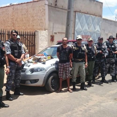 Polícia prende acusado de comercializar armas em várias cidades do Piauí e Pernambuco