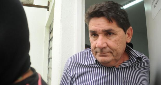 Prefeito e empregada são presos acusados de matar primeira-dama