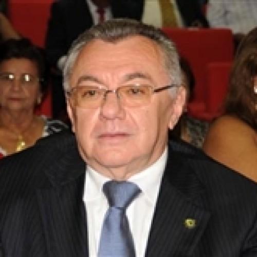 PMDB e PT sinalizam acordo  para evitar disputa pelo TCE-PI