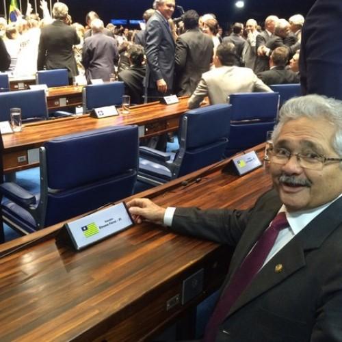 Elmano Férrer toma posse e é o novo representante do Piauí no Senado