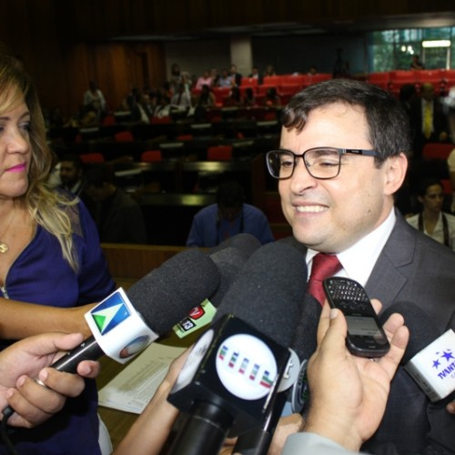 Contando com 19 votos, Fábio Novo perde eleição e diz que deputados descumpriram 'acordo'