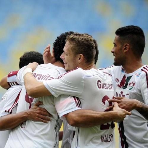 Fluminense supera Bangu com gol no fim e mantém 100%