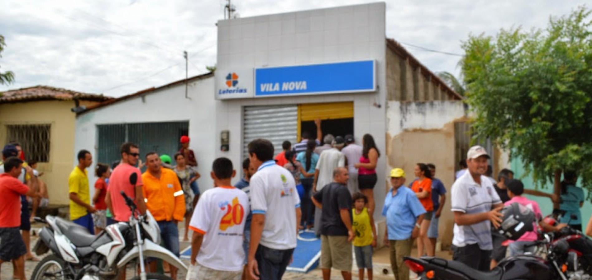 VILA NOVA   Bandidos fortemente armados causam terror, assaltam comércio e atacam Casa Lotérica; veja fotos
