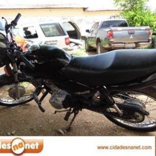 Polícia Militar de Simões recupera moto roubada. Veja mais!