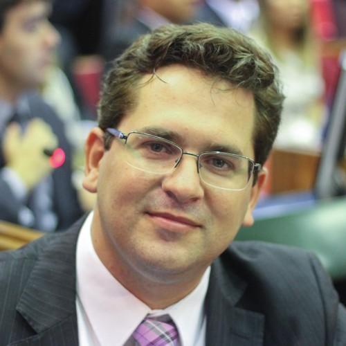 Deputado Pablo Santos rompe com prefeito Padre Walmir e passa a apoiar Gil Paraibano