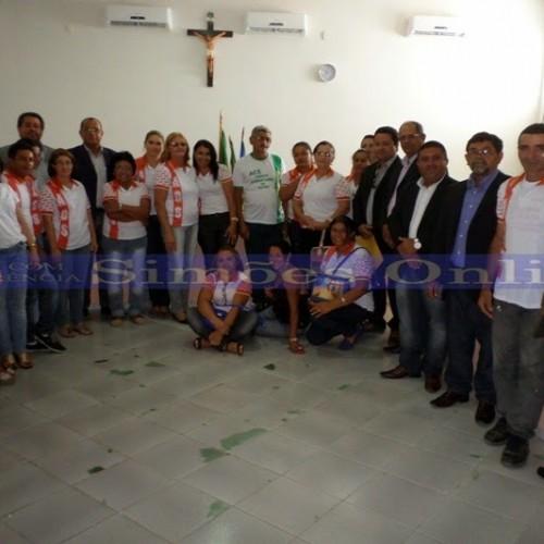 SIMÕES | Câmara realiza a primeira sessão e aprova piso dos agentes de saúde e endemias