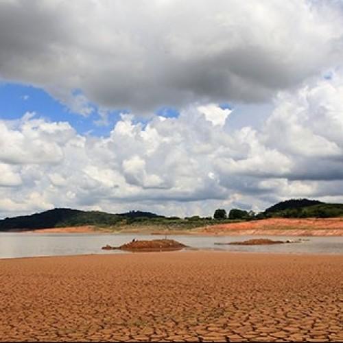 Seca no Piauí se agrava e governador vai a Brasília pedir socorro ao Governo Federal