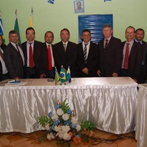 Por unanimidade vereadores de Lagoa do Sitio afasta prefeito Zé Simão