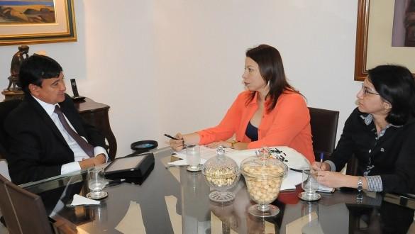 Wellington negocia com Correios expansão de agências em todos os municípios do Piauí