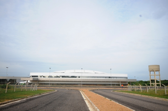 Governo finaliza aeroporto de s o raimundo nonato para for Francisco peluqueros porto pi