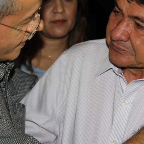 Emocionado, Wellington Dias fala sobre a morte do pai