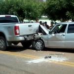 Veículos se envolvem em acidente na BR-316 em Picos