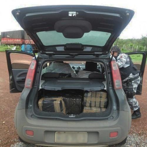 Motorista é preso ao levar 230 kg de maconha dentro de carro no Litoral
