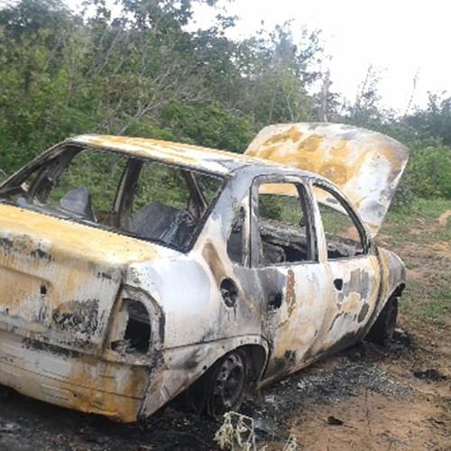 Oeiras registra dois assaltos a veículos e um é encontrado queimado