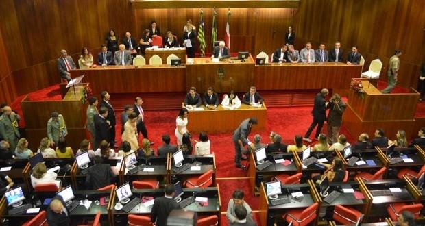 No Piauí, professor da rede estadual passa a ganhar R$ 2.221,75