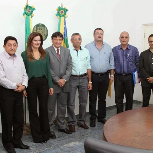 SIMÕES | Prefeito é recebido em audiência pelo governador e reivindica obras para o município