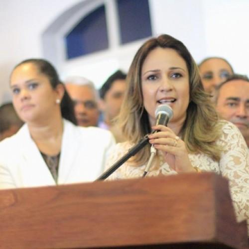 Qual o principal desafio de Rejane Dias na educação do Piauí?