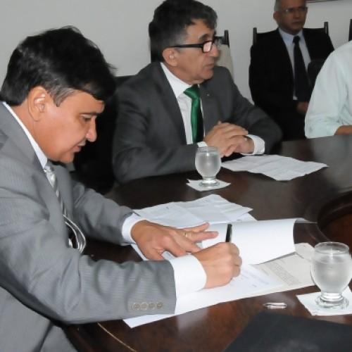 Wellington Dias cria Comissão para fiscalizar as barragens do Piauí