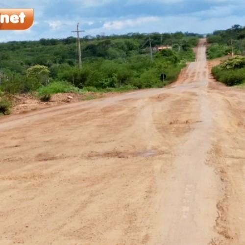 Internauta usa redes sociais para cobrar do governador e dos deputados votados em Itainópolis a recuperação da rodovia