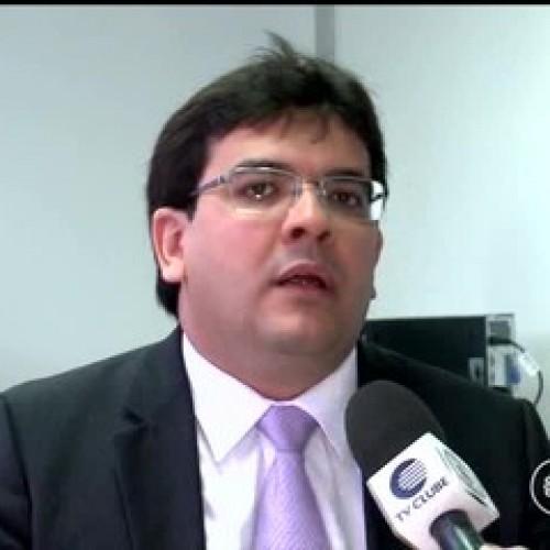 Medidas adotadas fracassam e governo do PI anuncia arrocho fiscal e mais cortes de gastos