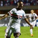 São Paulo quebra invencibilidade do Corinthians e avança na Libertadores