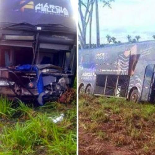 Ônibus da Banda Marcia Fellipe & Forró da Curtição sofre acidente na BR-316