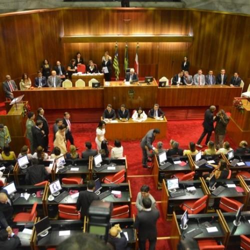Assembleia do Piauí gasta R$ 1 milhão só com suplentes de deputado