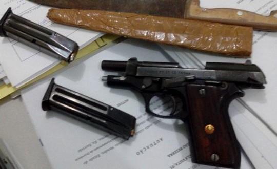 Polícia Militar prende homem com pistola 765 em Simplício Mendes