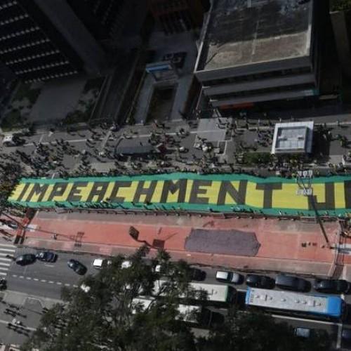 Atos anti-Dilma reúnem 700 mil em 24 estados e no DF, diz polícia