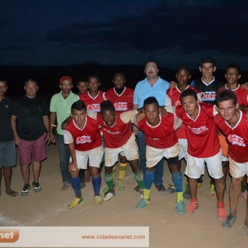 Prefeitura de Simões incentiva o futebol amador no município