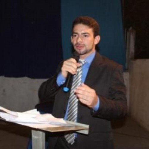 Promotora abre investigação após prefeito de Geminiano descumprir acordo