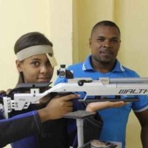 Estudante Piauiense é a número 1 do ranking nacional de tiro esportivo