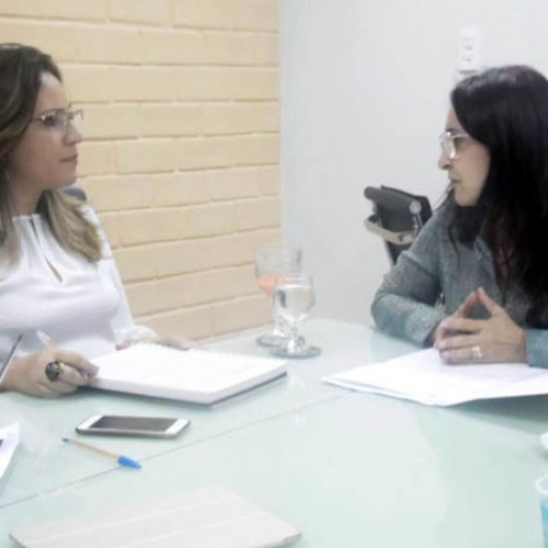 Deputada solicita pólo da Universidade Aberta para Paulistana