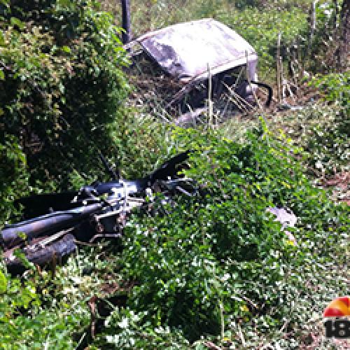 Jovem morre após acidente na BR-343 e populares botam fogo em veículo