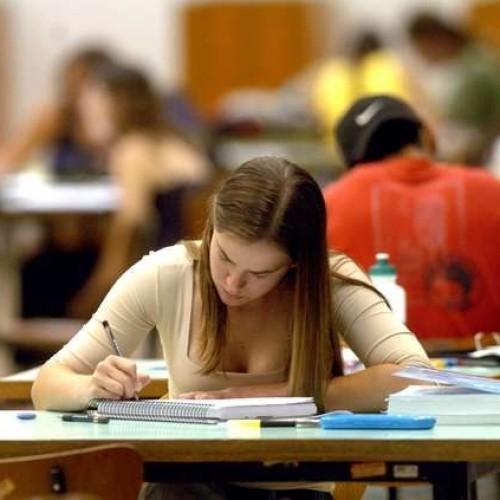 Estudantes do 3º ano do Piauí estão entre os piores em nível de leitura, escrita e matemática