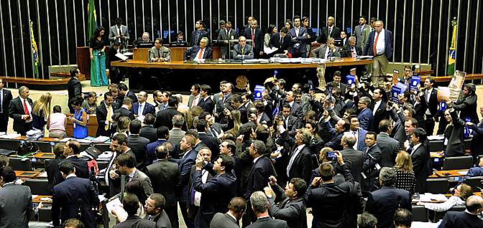 Comissão da Câmara aprova redução da maioridade penal para 16 anos