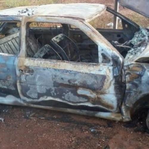 Motorista atropela motoqueiros e  carro sofre incêndio na PI-375, que liga  Picos a Santana do Piauí