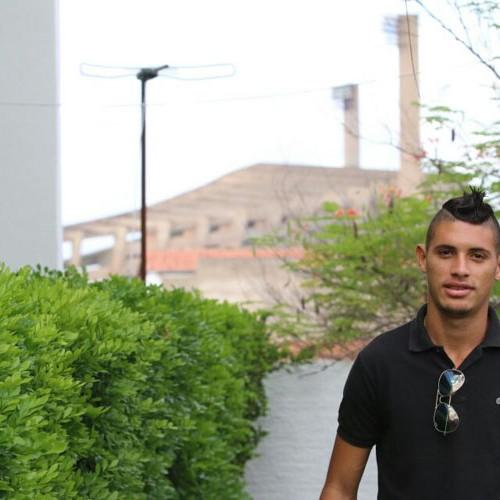 Vice-artilheiro em São Paulo já foi pedreiro e era chamado de Neymar no Piauí