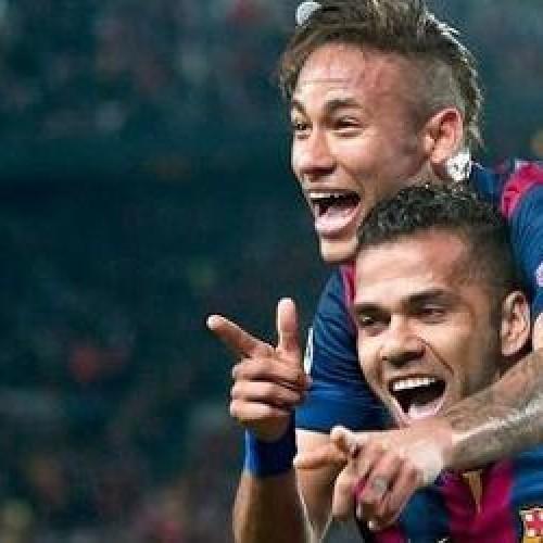 Daniel Alves pode acertar renovação com o Barça nesta semana, diz jornal
