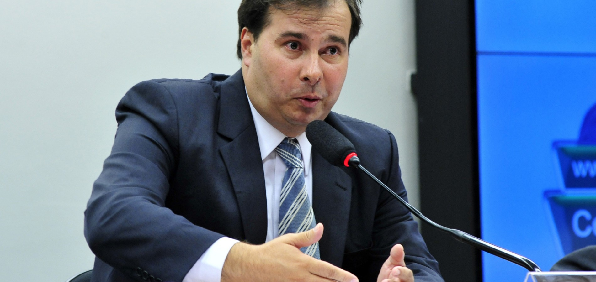 Rodrigo Maia quer garantir votação da renegociação das dívidas dos estados