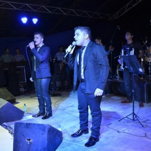 Filhos de Jacobina do Piauí lançam CD gospel em grande show; veja fotos