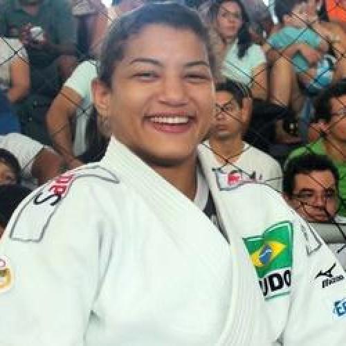 Sarah Menezes embarca para o Japão com seleção de Judô para treinamento