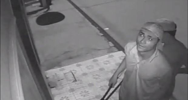 JAICÓS | Dupla rouba loja e polícia divulga imagens para identificar ladrões. Assista!