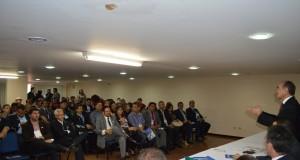 Prefeitos do Piauí criam comissão para acompanhar Reforma Política