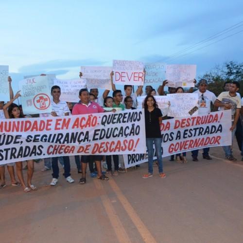 Itainópolis protesta contra péssimas condições da PI 245, principal via de acesso à cidade