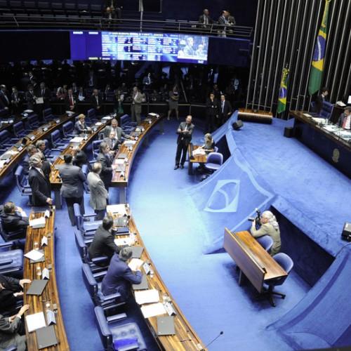 Senadores piauienses mantêm votos em parecer do processo de impeachment