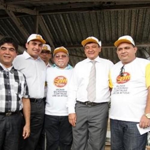 Wellington Dias e Toninho de Caridade lançam campanha de vacinação contra Aftosa