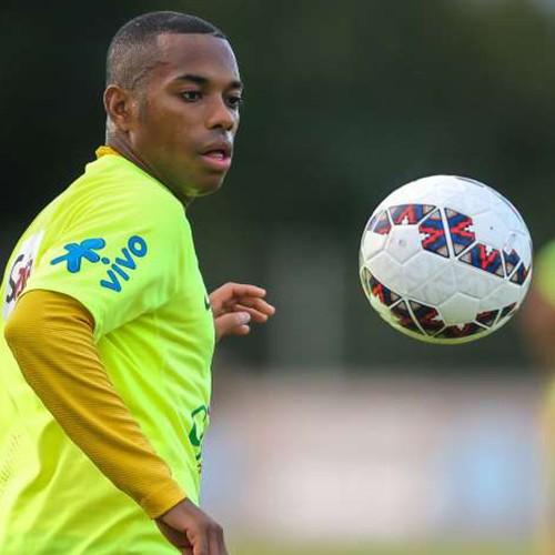 Com Neymar fora, Robinho vira opção na seleção Brasileira