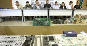 Polícia encontra mais de 200 documentos roubados do Detran e prende 11 em operação